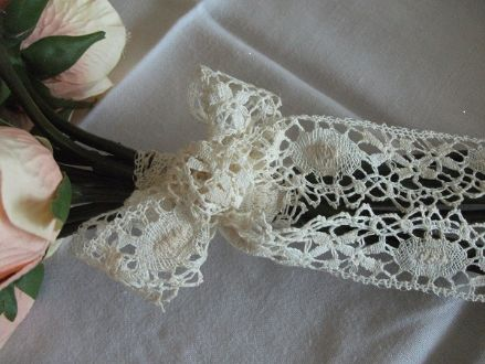 L1427 Ecru or White Cotton Nottingham Cluny Lace